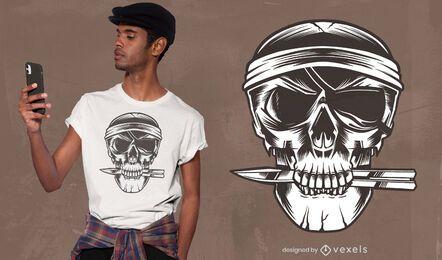 Diseño de camiseta pirata cráneo cuchillo