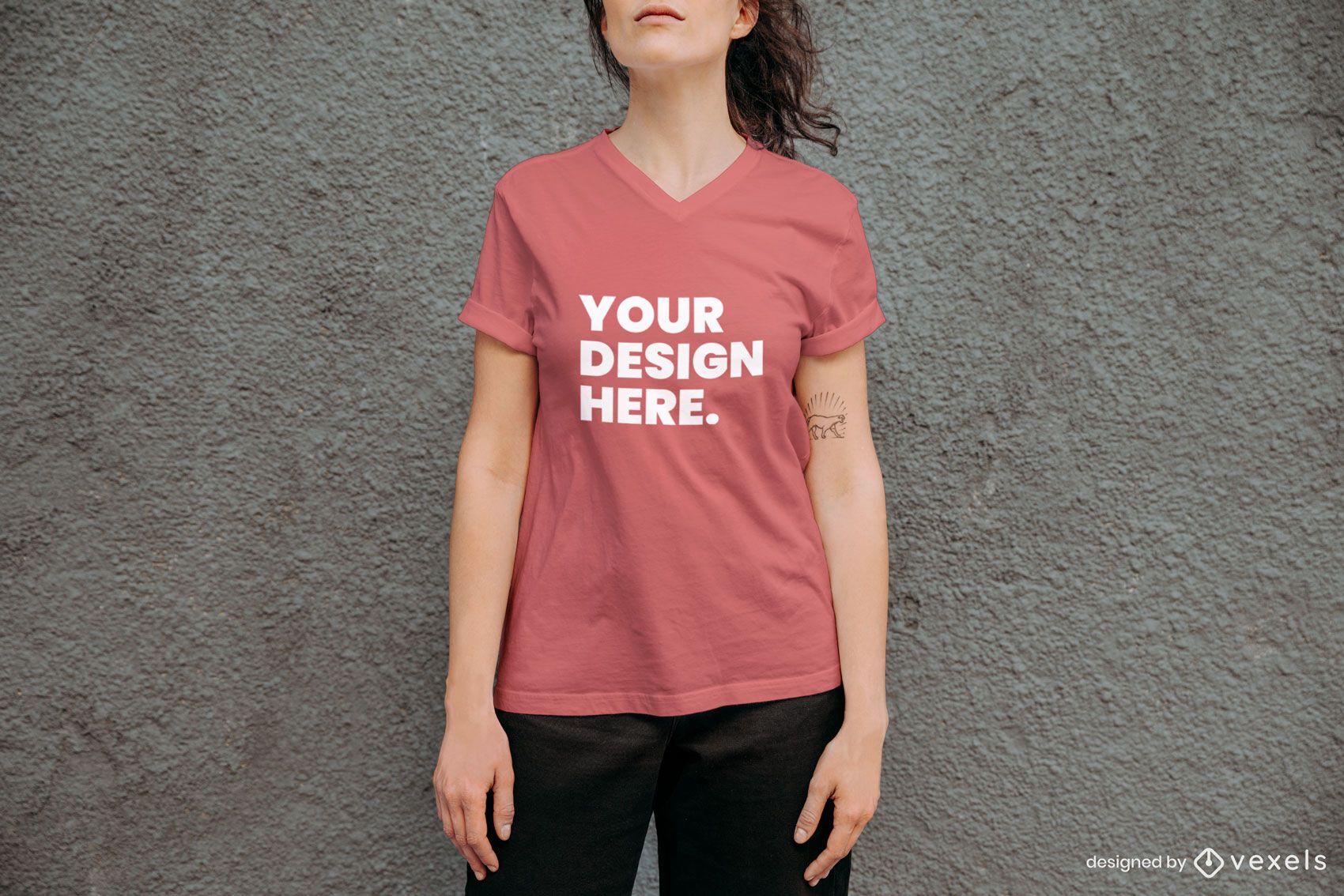 Maquete de camiseta de parede de concreto