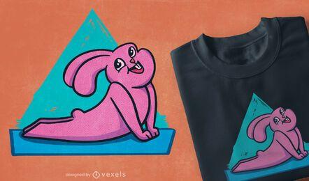 Design de t-shirt de coelho de ioga feliz