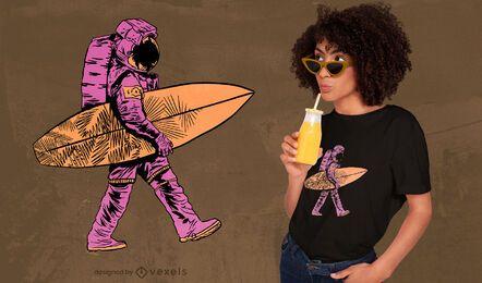 Diseño de camiseta surfista astronauta.