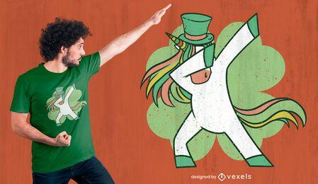 Dabbing unicorn St Patrick's diseño de camiseta