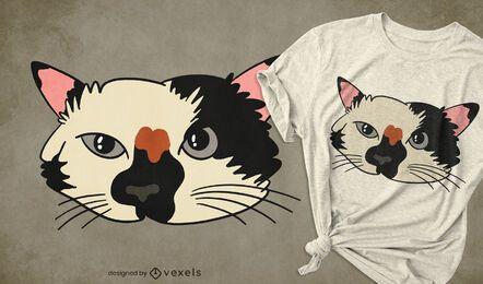 Design de t-shirt com cara de gatinho fofo