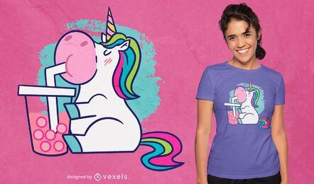 Diseño de camiseta de dibujos animados de té de burbujas de unicornio