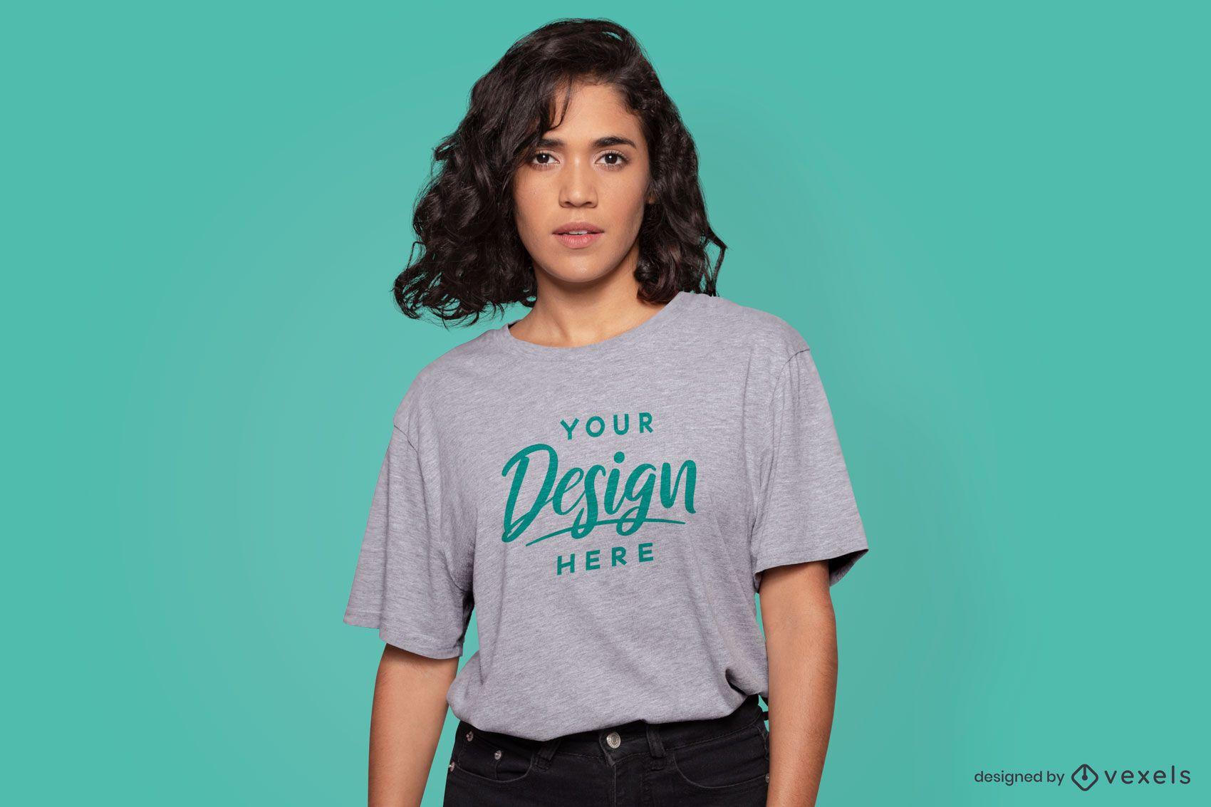 Maqueta de camiseta modelo serio