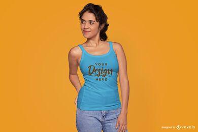 Maqueta de camiseta sin mangas modelo femenino
