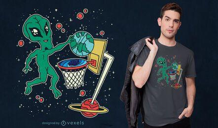 Diseño de camiseta alienígena jugando baloncesto espacial.