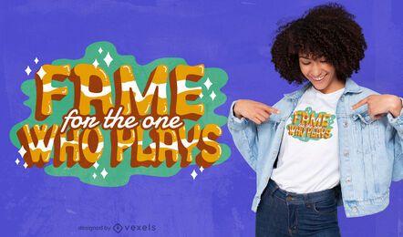 Fama pelo design de camisetas de brincar