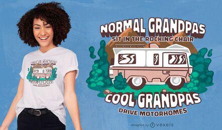 Vovôs dirigem design de camisetas em motorhomes