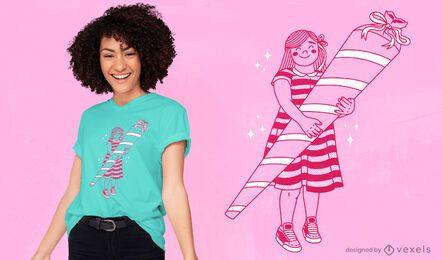 Menina com design de t-shirt em cone de açúcar