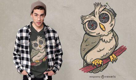 Design de camiseta com ilustração de pássaro e coruja espiã