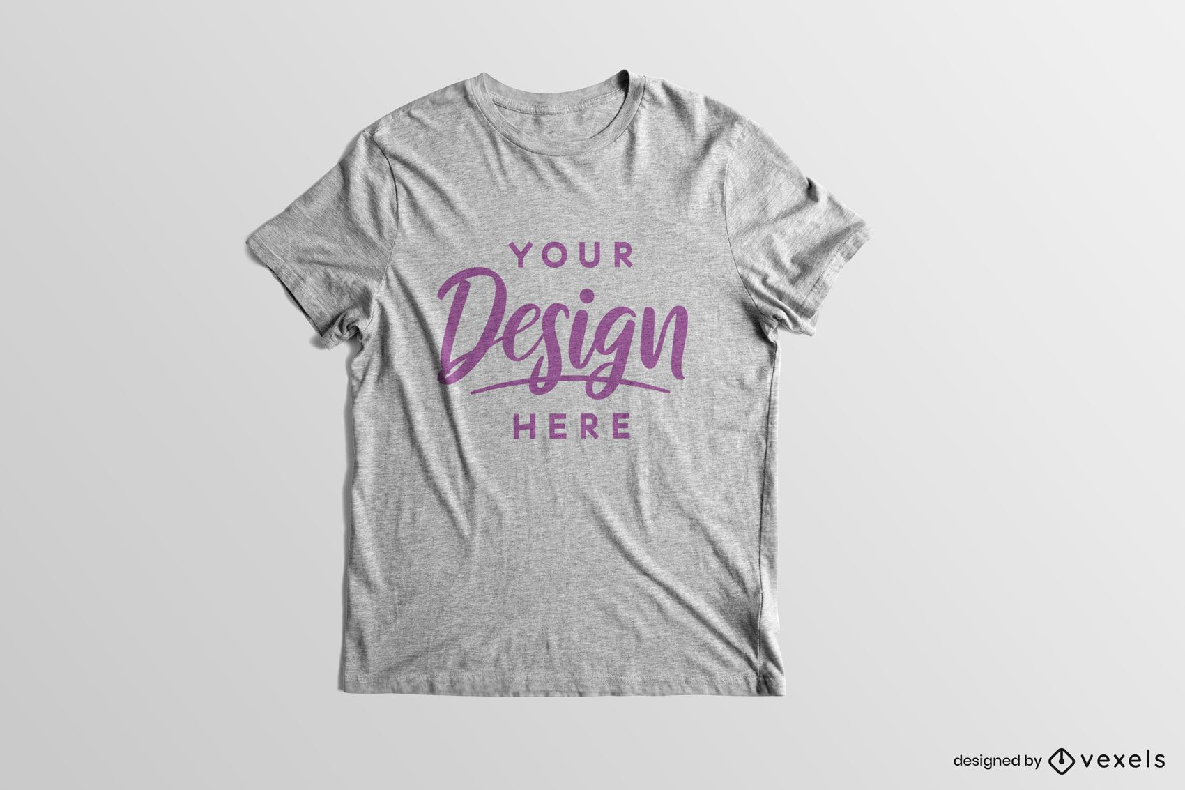 Maquete de camiseta de mangas curtas com fundo sólido