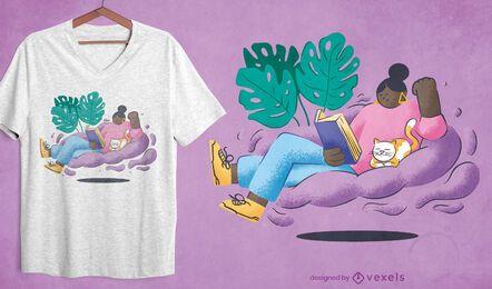 Menina lendo com design de camiseta aconchegante de gato