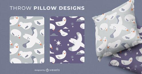 Baby seagulls throw pillow designs
