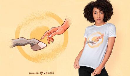 Mão de garotas e cavalo tocando design de camiseta