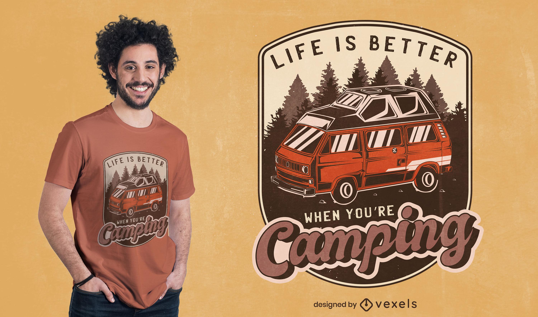 Diseño de camiseta con insignia vintage de camping van