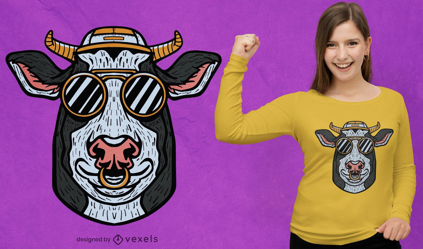 Animal de vaca con diseño de camiseta de gafas de sol.