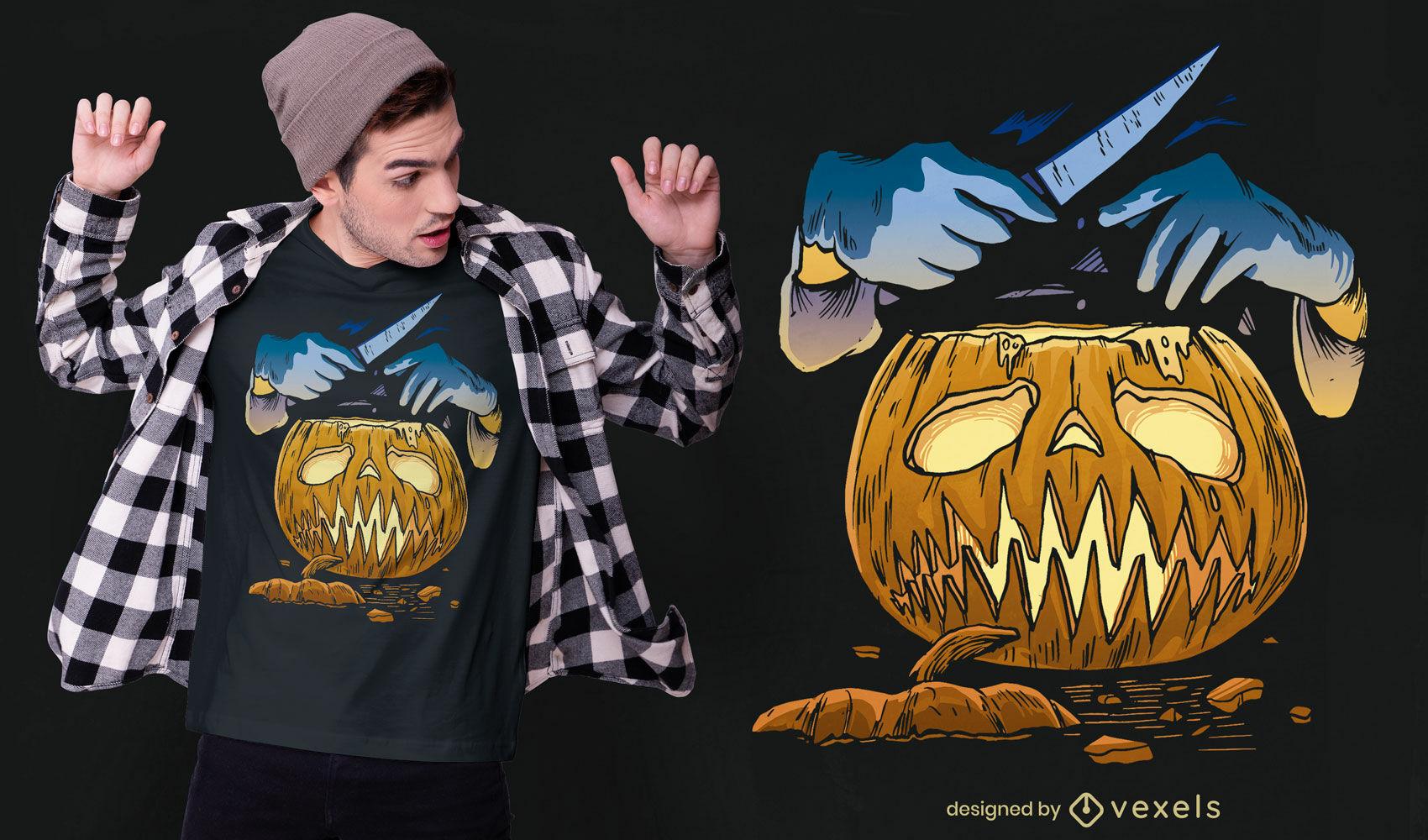Abóbora de Halloween e t-shirt com mãos em faca