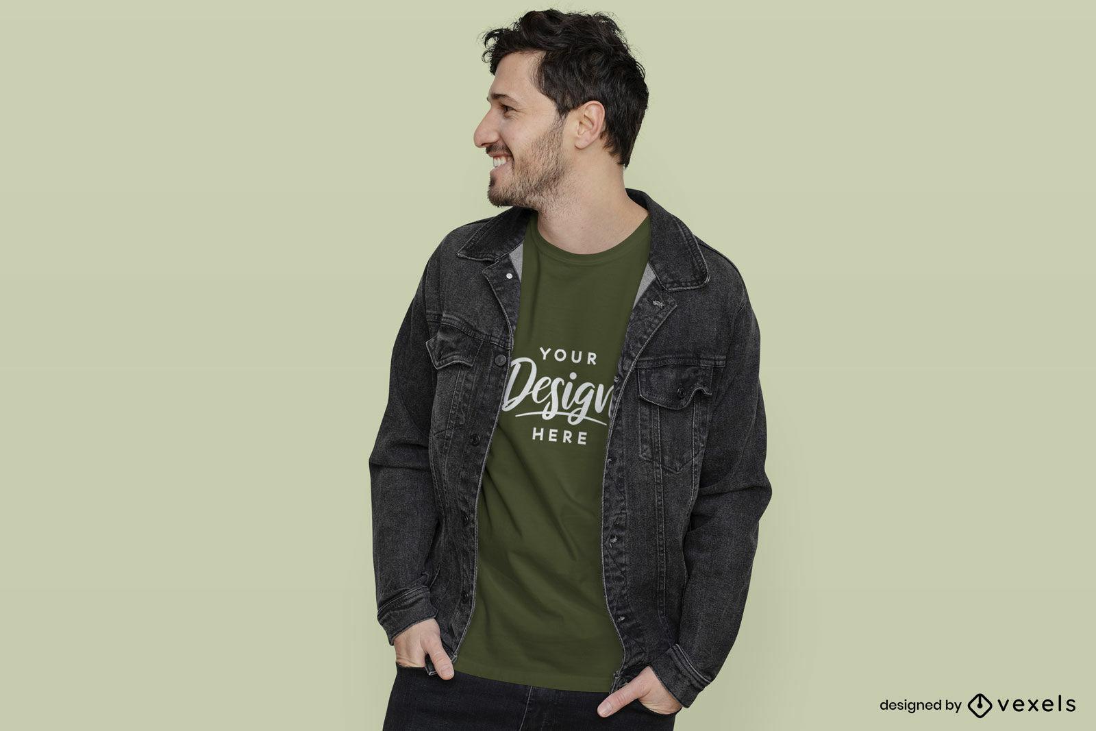 Homem com maquete de camiseta verde e jaqueta