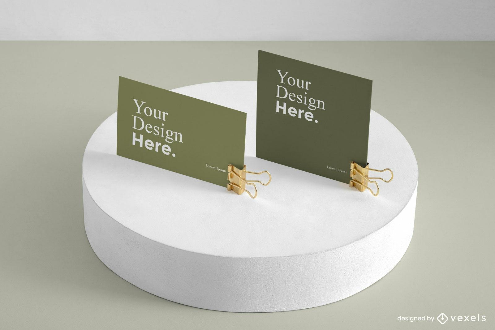Maquetas de tarjetas de visita verdes en pantalla