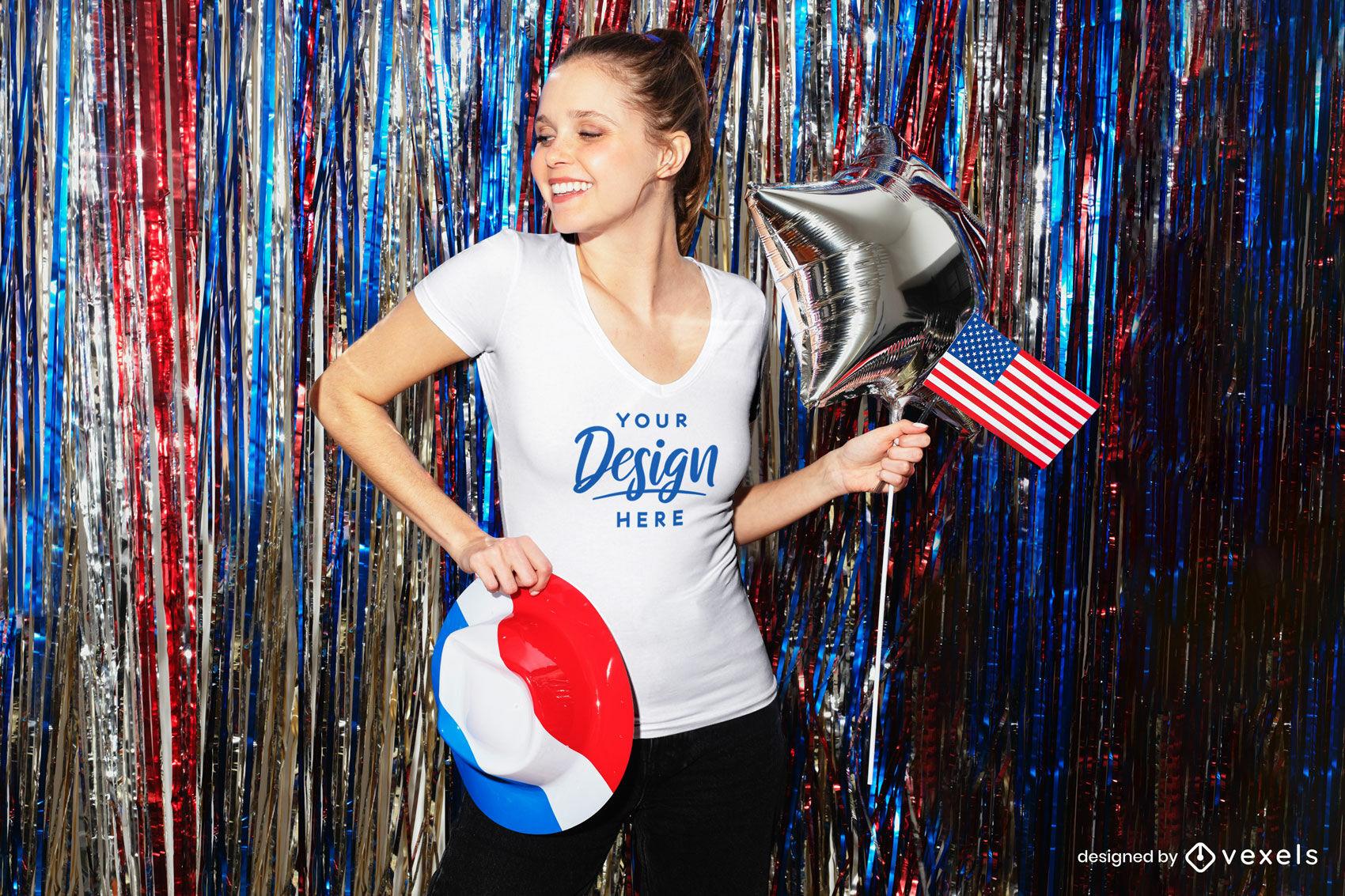 Maqueta de camiseta de bandera americana de mujer feliz