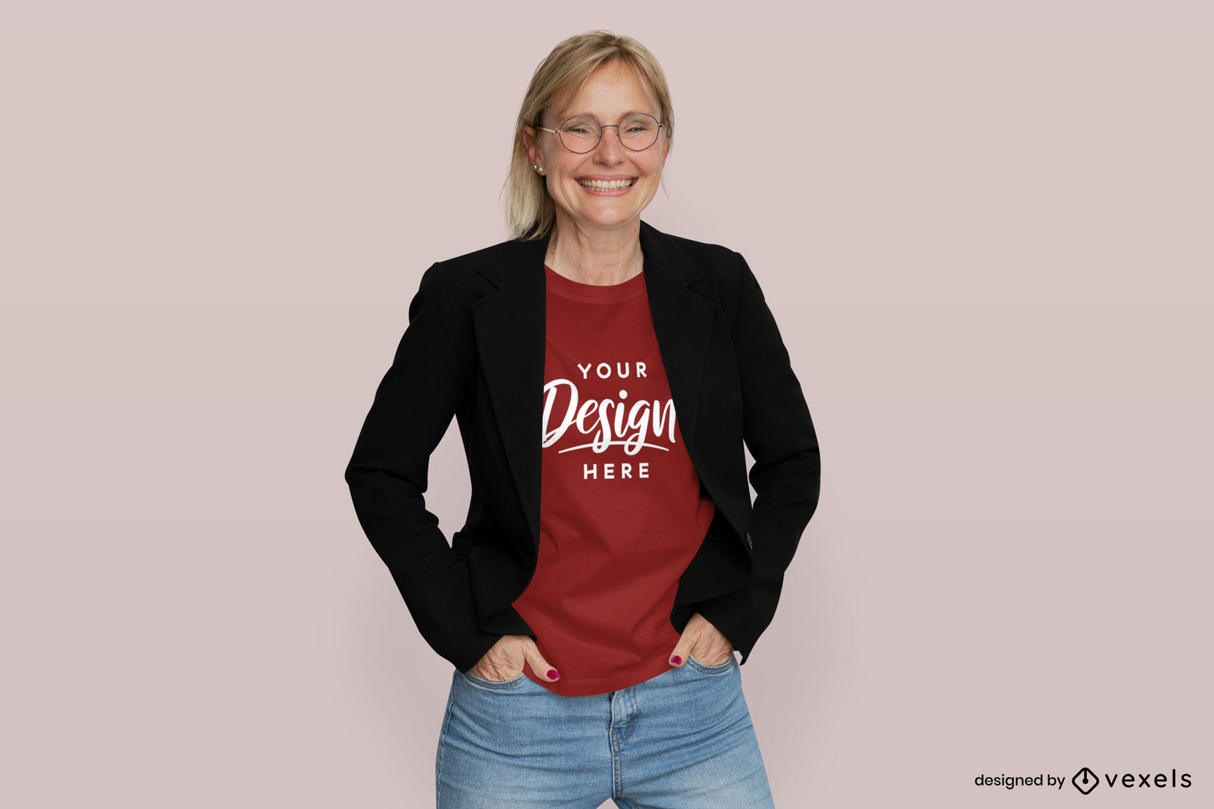 Mulher maquete de camiseta vermelha com jaqueta