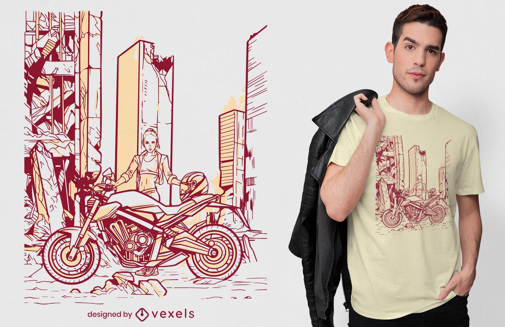 Mujer con diseño de camiseta de moto.