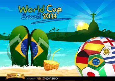 Balón de Brasil 2014 en la playa de Rio