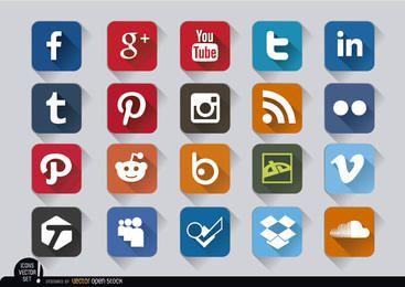 Quadrados ícones sociais dos media em relevo definido