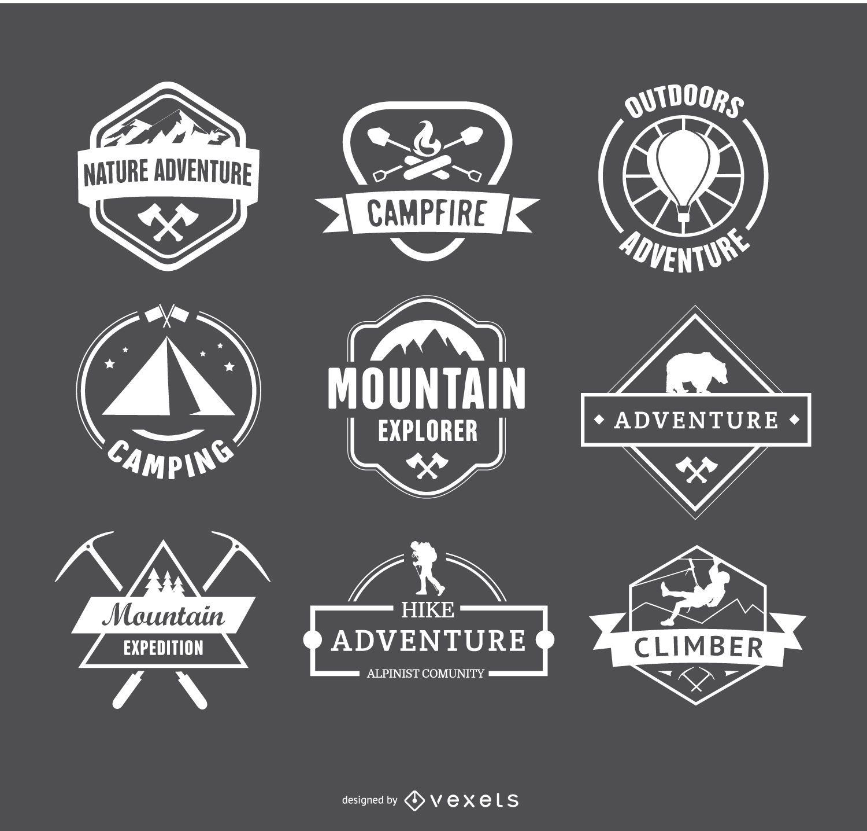 Logotipos de camping retro y emblemas de insignias de senderismo