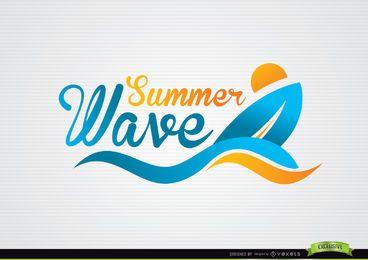 Logotipo de praia de ondas de barco de surf