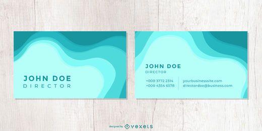 O criativo acena o cartão de empresa